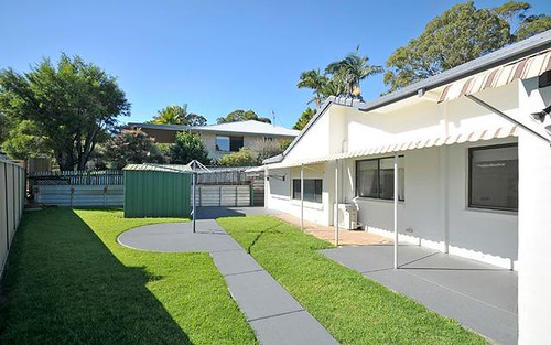 4 Burrawong Court, Banora Point NSW