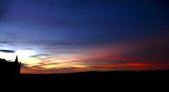 Alcázar de Segovia (España) (alfonsocarlospalencia) Tags: alcázar de segovia atardecer rosa contraluz otoño nubes horizonte azul negro infancia crepúsculo torres luz