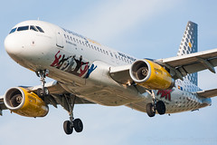 "Airbus A320 Vueling ""Pepsi Max"" EC-MEQ MSN 6483 (Guillaume Besnard Aviation Photography) Tags: lebl bcn barcelona barcelonaelprat barcelonaairport barcelonaaeroport barcelonaaeropuerto canoneos1dsmarkiii canonef500f4lisusm spotting plane planespotting airplane aircraft keepcalmandvueling airbus a320 vueling pepsimax ecmeq msn6483 airbusa320 cn6483"