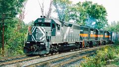 3074_10_02_crop_clean_R (railfanbear1) Tags: dh bm helm