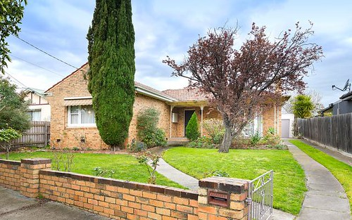 38 Shore Gv, Coburg North VIC 3058