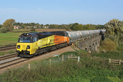 70815 Radwell (Gridboy56) Tags: colasrail colas railways railroad railfreight trains train locomotive locomotives uk freight wagons cargo europe england radwell bedfordshire 70815 6l44 westthurrock cement oxwellmains dunbar scotland riverouse bestshotoftheday