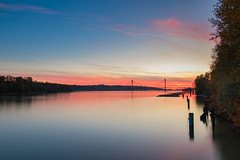 Sunset - Fraser River (Eric_Z) Tags: sunset fraserriver portmannbridge portcoquitlam britishcolumbia canada canoneos7dmkii tamron1750mmf28 longexposure ndfilter