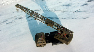 Dinky Toys Model No. 970 Jones Fleetmaster Cantilever Crane 1973 Restoration And Conversion To Military Style : Diorama Winter Scenery - 1 Of 36