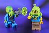 Alien... help! (Lesgo LEGO Foto!) Tags: lego minifig minifigs minifigure minifigures collectible collectable legophotography omg toy toys legography fun love cute coolminifig collectibleminifigures collectableminifigure alien clinger trooper alientrooper series13 series 13 alienclinger flickrunitedaward