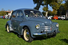 Renault 4cv (Monde-Auto Passion Photos) Tags: voiture vehicule auto automobile renault 4cv petite bleu ancienne classique rare rareté rassemblement evenement france montereaufaultyonne