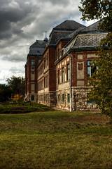 OldSchool (DJ-Lerry von Kolossy) Tags: pentacon30 school oldschool újpest clouds handheldhdr hdr