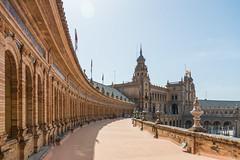 architectura de Sévilla (Rudy Pilarski) Tags: architecture architectura séville plazadeespagña espagne voyage travel color colour couleur nikon tamron 18270 d7100 courbes ligne lines ancien old