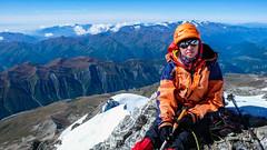 Wysokość 4550m - Monika czuje się słabo, musimy zawrócić. (Tomasz Bobrowski) Tags: wspinanie mountains gruzja kaukaz góry tetnuldi caucasus georgia climbing