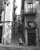 gerone 6450111 (L.la) Tags: gérone gerona girona catalogne espagne espana eu europe europa europeonflickr konica konicapearl argentique film noiretblanc nb blackandwhite bw street stphotography urban ilfordfp4 ilford fp4 scanner epson v600 epsonv600 laurentlopez lla