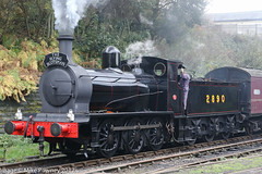 2890 - 1943 build Hunslet Austerity 0-6-0, departing Bury, Bolton Street Station (egcc) Tags: 060 2890 austerity autumnsteamgala autumnsteamgala2017 boltonstreet bury elr eastlancashirerailway hunslet steam theflyingscotsman train loco locomotive