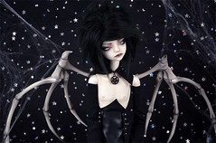 Halloween Demon (Lorena Firefly) Tags: balljointeddoll bazikotek bjd boy black doll dollfie demon dark dollchateau devil halloween dollchateauhugh bjdwings stars