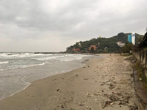 หาดเขาเต่า Khao Tao (Turtle Mountain) Beach