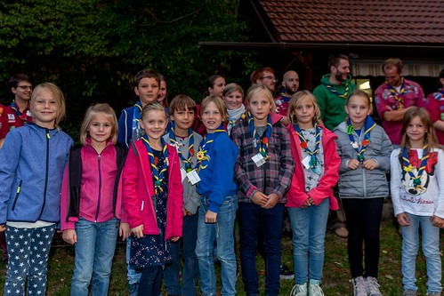 "Eröffnungslagerfeuer • <a style=""font-size:0.8em;"" href=""http://www.flickr.com/photos/134942791@N06/37593233142/"" target=""_blank"">View on Flickr</a>"
