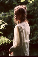 Warm forever (Gabriellji) Tags: portrait girl light colors dream nature outdoor nikon kodak analogfilm analogphotography filmphotography 35mm analog film
