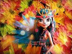 (1/4) (Linayum) Tags: isidawndancer mh monster monsterhigh mattel doll dolls muñeca muñecas toys juguetes autumn otoño fall linayum