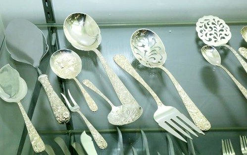113 Pieces Sterling Kirk and Son Repousse Flatware ($2,912.00)