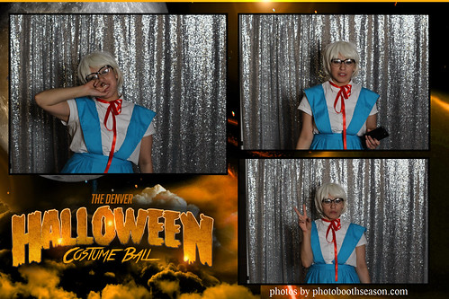 """Denver Halloween Costume Ball • <a style=""""font-size:0.8em;"""" href=""""http://www.flickr.com/photos/95348018@N07/37995378882/"""" target=""""_blank"""">View on Flickr</a>"""