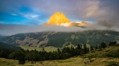 Orange tip (modesrodriguez) Tags: picdumidi ossau mountain landscape beauty nature sunset top clouds haze pyrinees pirineos