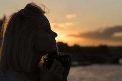 End of the day ... (liofoto) Tags: canon eos6d contrejour sunset couchédesoleil bokeh naturallight beautifulgirl nuages clouds ciel sky