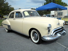 1949 Oldsmobile (splattergraphics) Tags: 1949 oldsmobile futuramic olds carshow aacaeasterndivisionfallmeet antiqueautomobileclubofamerica hersheypa