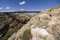 Canyon Diablo (Colin Dell) Tags: bnsf canyondiablo az arizona gevo rocks train railway bnsf8331 bnsf8575 bnsf7112