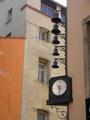 ** Perpignan...la catalane...** - 24 (Impatience_1) Tags: carillon horloge clock uhr reloj orologio relogio perpignan catalogne payscatalan languedocroussillon roussillon france architecture bâtiment impatience pyrénéesorientales explore explorer xplor cloche bell supershot coth coth5