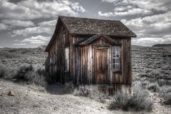 Bodie SHP (Rik Tiggelhoven Travel Photography) Tags: bodie state historic park shp california usa america amerika building abandoned decayed mine desert clouds selective color canon 6d fullframe ef24105mmf4lisusm house hdr outdoor rik tiggelhoven travel photography