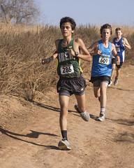 OC Champ 2017_60 (Sharpshooter Alex) Tags: breaolindaboyscrosscountry runners runner running outdoor highschoolsport 2017 male athletes oak canyon park andrew velasco