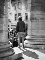 Manifestation à Dijon (Arnaud Morin) Tags: nikon d750 50mm 14 noiretblanc nb bnw blackwhite people manifestation france bourgogne burgundy dijon shadow light ombre lumière