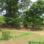 Wat Tbeng Ancient Ruins, Tbeng Meanchey thumbnail