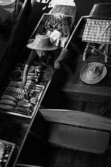 floating market #2 (mamuangsuk) Tags: grilledbanana khuayping floatingmarket damnoensaduak taladnam ratchaburiprovince ratburi pakkhlang centralthailand marketsofthailand peopleattheirwork asianpeopleinmonochrome thaikindness mamuangsuk