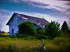 Not so Kinde (Explore!) (SCOTTS WORLD) Tags: adventure abandoned architecture america angle blue building brown blight bluesky clouds country crusty rural ruin trees fun fall fence sky shadow sunlight school oneroomschoolhouse kinde huron thumb michigan midwest motorcity september 2017 light leaves landscape windows weathered weeds panasonic pov perspective bleak