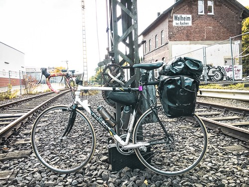 Set up for touring race bicycle
