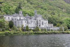 IMG_3212 (avsfan1321) Tags: kylemoreabbey ireland countygalway connemara castle abbey water landscape mountains mountain green lake pollacapalllough pollacapalllake