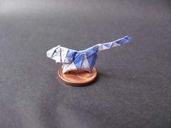 Tiger (H. Kakami) (Helyades) Tags: origami kakami papier paper pli pliage fold carré square tissue soie tigre tiger animal feline félin bicolor miniature