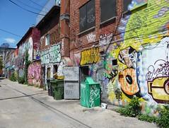 Montreal 2017 (bella.m) Tags: graffiti streetart urbanart montreal canada art lanewaygraffiti