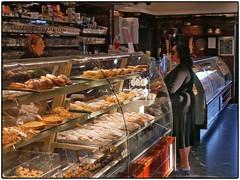 Caffetteria Torretta (/RealityScanner/) Tags: italien italy cilento santamaria town backery bäckerei pastellaria paneria food gebäck sweets kleinstadt travel reise autumn herbst mediterranean panasonic lumix gx80 caffetteria toretta sanmarco