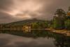 Reflejos. (Amparo Hervella) Tags: lagranjadesanildefonso nube reflejo otoño casa largaexposición d7000 nikon nikond7000 comunidadespañola nwn
