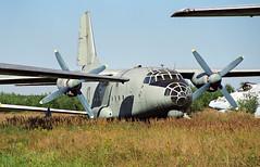 10 red - Monino Museum 20.08.2001 (Jakob_DK) Tags: 2001 monino centralrussianairforcemuseum sovietairforce an8 antonov antonov8 antonovan8 cargo