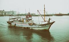 Fishing boat into the port inspection - 2 (葉 正道 Ben(busy)) Tags: taichung fishing taiwan 船 漁船 梧棲港 海水 戶外 水 雨天 fishingboat sea 海 water rain 梧棲區 wuchiport
