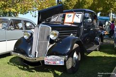 Renault Monaquatre (Monde-Auto Passion Photos) Tags: voiture vehicule auto automobile renault monaquatre berline noir rare rareté rassemblement evenement classique ancienne france montereaufaultyonne