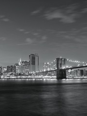 Brooklyn Bridge (Chris Brodzki) Tags: newyorkcity newyorkig newyork america manhattan usa nyc ny citylife city urban street architecture architettura archiporn buildings thebigapple fujifilm fujixt20 sunset longexposure landscape view fuji night lights lightporn brooklyn brooklynbridgepark bw black white manhattanbridge bridge