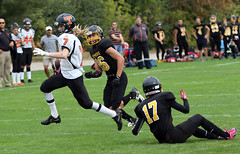 7DII8459-cs (Chris Kiekens) Tags: clarkeroad clarke london londonontario football senior secondary