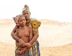 Anagola-12.jpg (L'EmmE) Tags: mucuepetribe angola nwaivillage namibe ao tribus tribes
