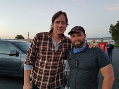 On set with Kevin Sorbo (Dustin Ledden) Tags: stunts breakaway glass special effects arrow gag actors reliant movie film