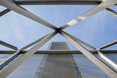 Structure (valfoto91) Tags: esplanade bercy bibliothèquefm métal