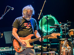 08-27-17_DPV_3787_Lockn_Fest_moe_with_Phil_Lesh_by_Dave_Vann (locknfestival) Tags: lockn moe phil lesh bob weir vinnie amico jim loughlin al schnier chuck garvey