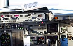 British Aerospace Avro RJ85 EI-RJR Cityjet (William Musculus) Tags: cockpit amsterdam schiphol airport eham ams flight deck bae 146 william musculus