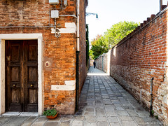 P9275104-Edit.jpg (marius.vochin) Tags: oldcity narrowstreet houses oneman travel city murano trip road italy outdoor venezia veneto it